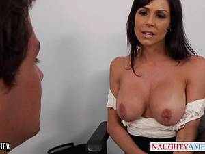 Kendra Lust horny at the office for a fucking
