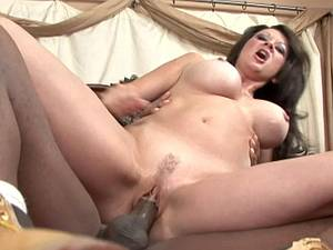 Raquel in for some black dick